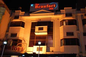 Hotels Near Nizamuddin Railway Station