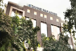 Hotel Divine Paradise in New Delhi