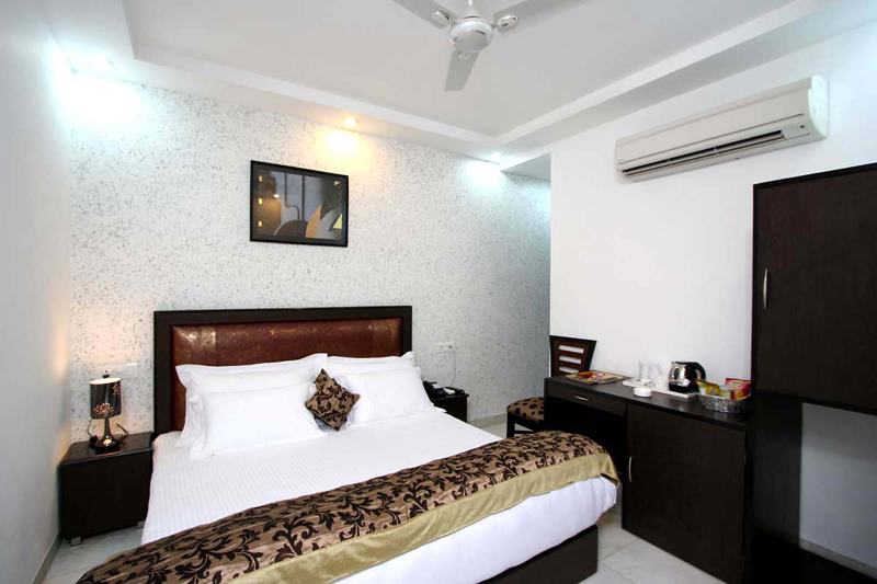 Hotels Near Nehru Place New Delhi